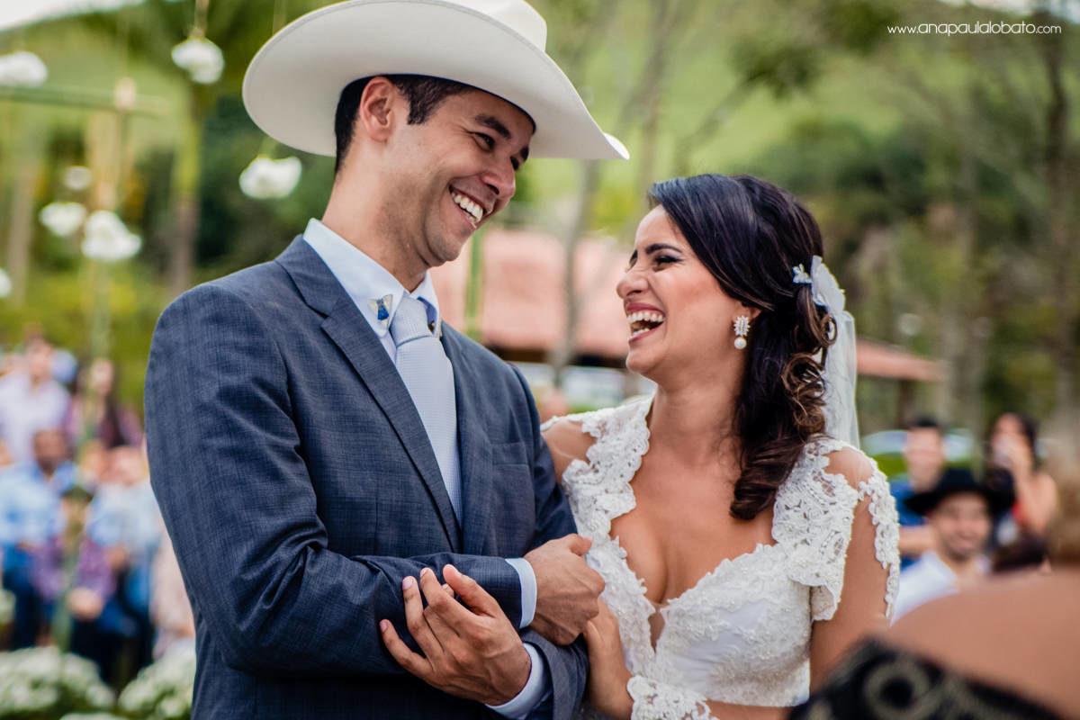 casamento emocionante e feliz