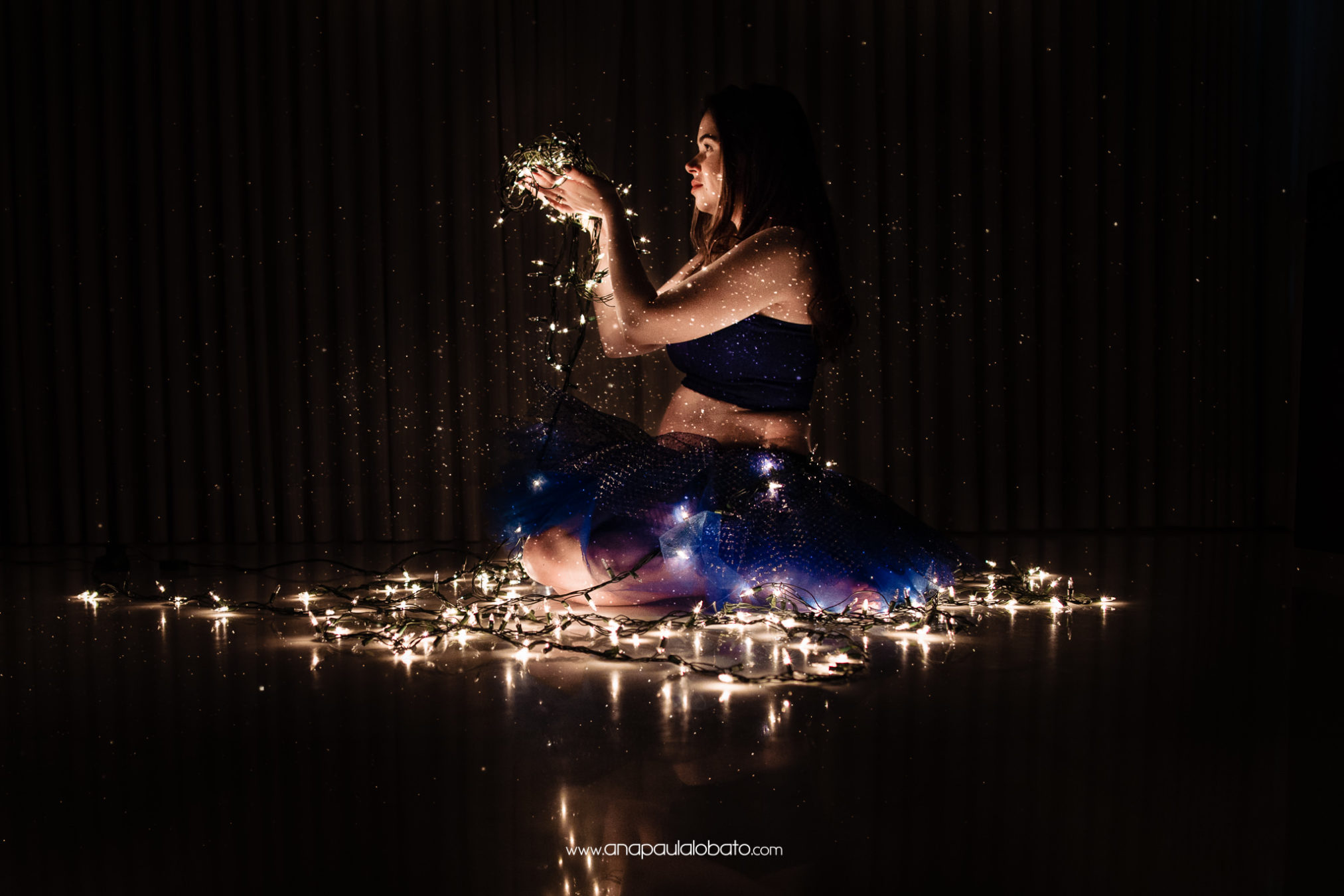 pregnancy photos with lights