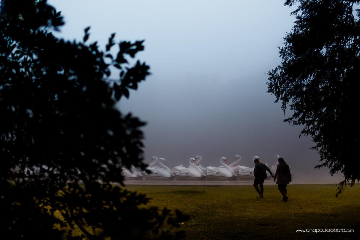 Neblina e frio em Gramado RS não impede noivos de fazer fotos lindas