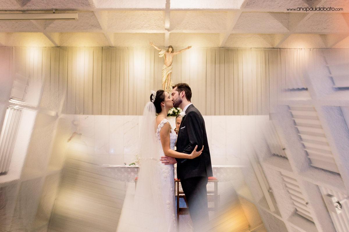 beijo noivos