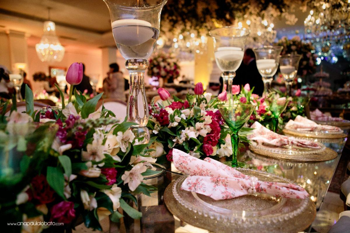 guardanapos e mesa casamento