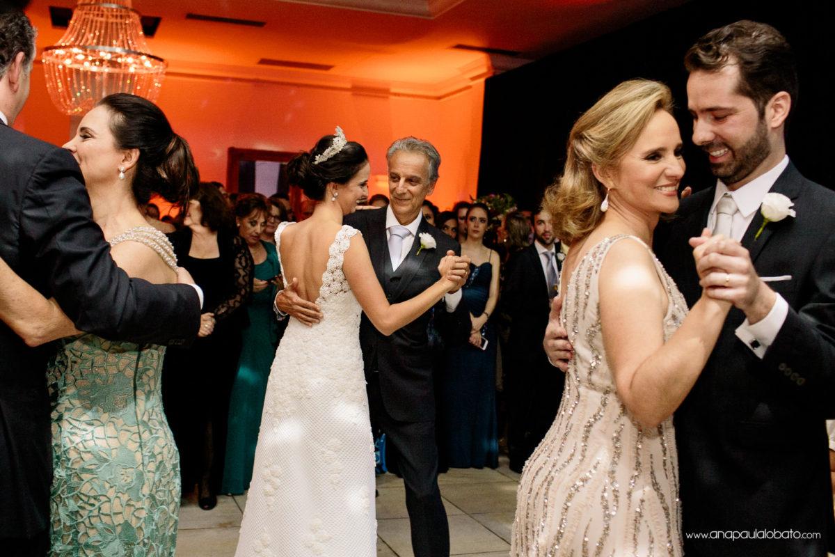 dança noivos pais