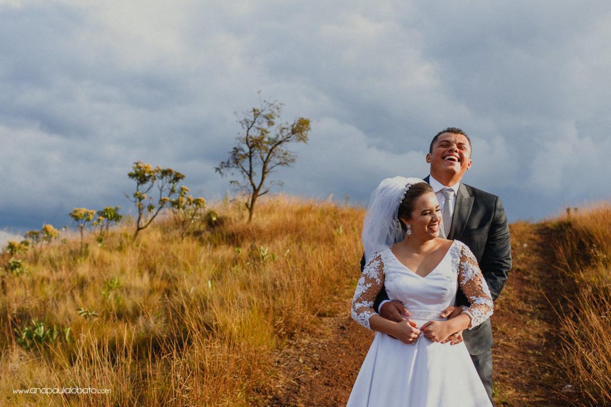 gargalhadas de noivos