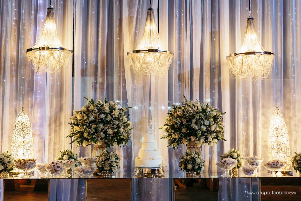 decoração casamento mesa de bolo