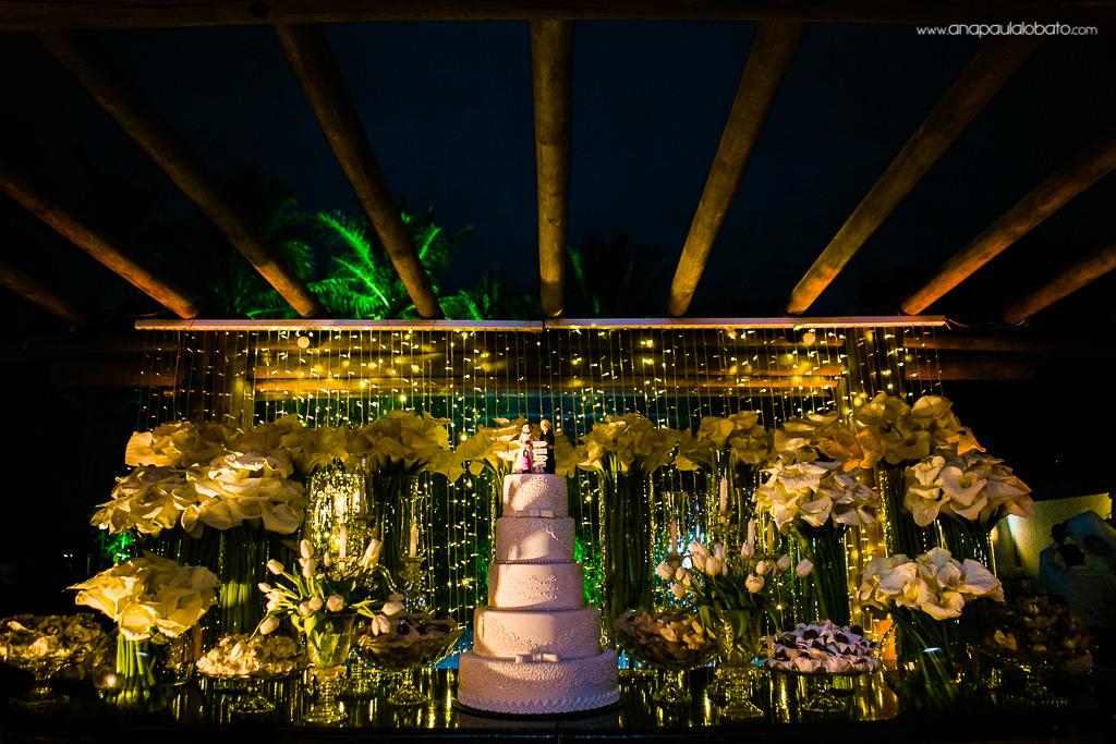 decoração casamento mesa do bolo