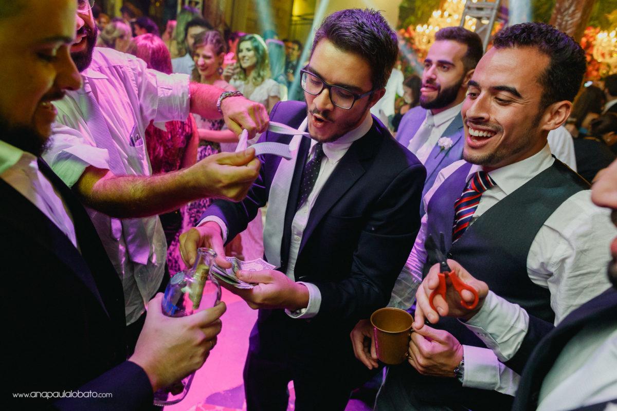 wie man Geld in einer Hochzeit bekommt