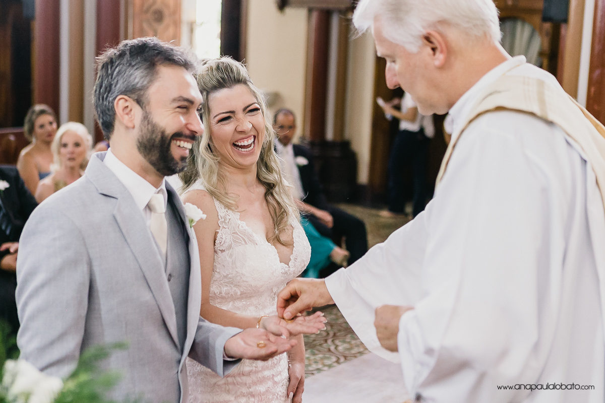 emotion wedding with laugh