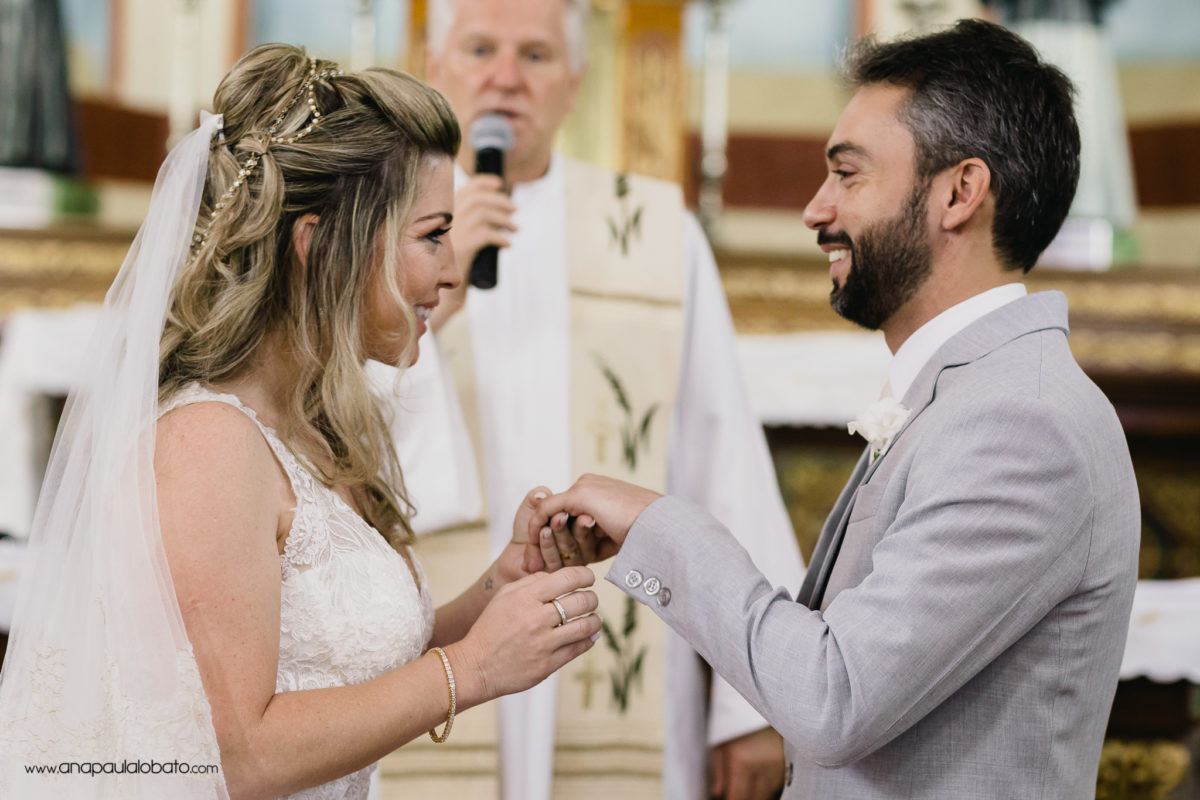 connection between couple in the wedding