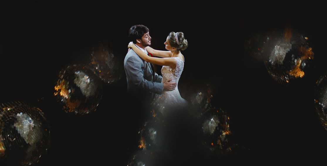 Wedding First Dance with beautiful globes around by wedding photographer