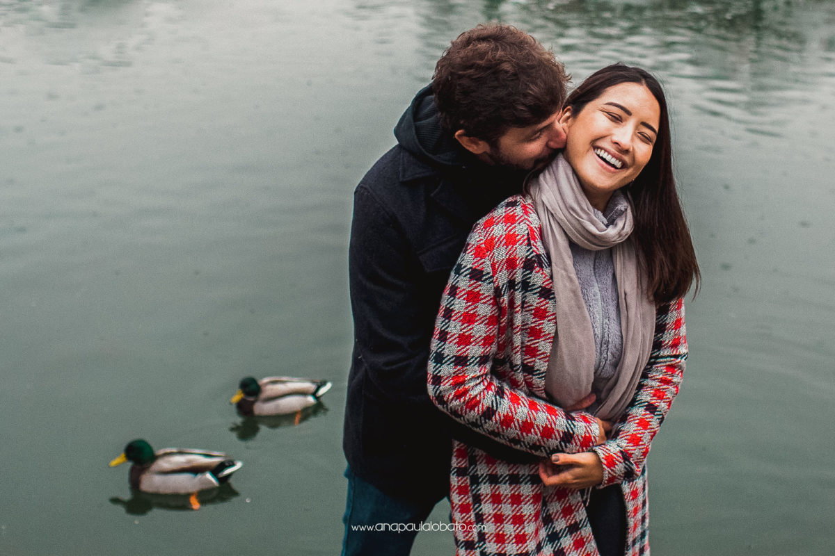 romantic engagement photos with ducks monrepos