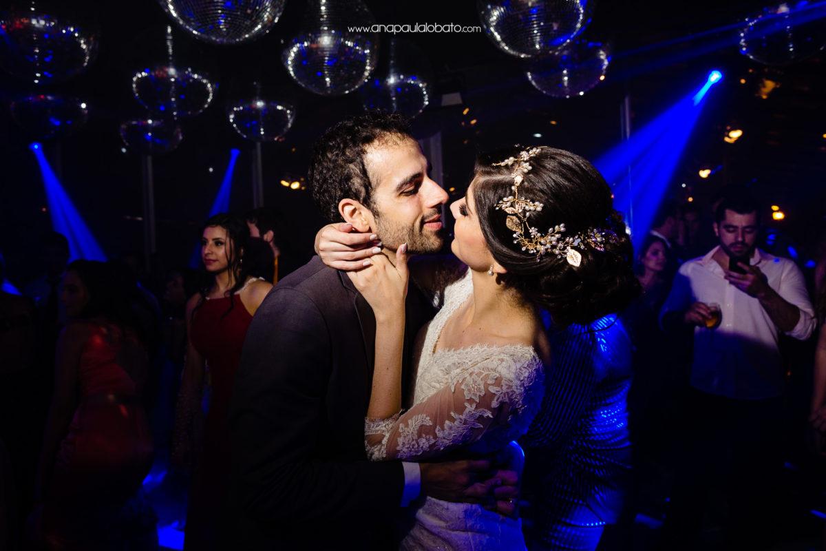 stunning wedding photographer