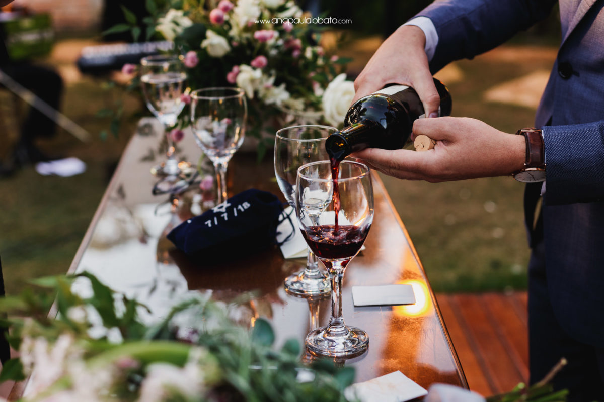 jewish wedding wine