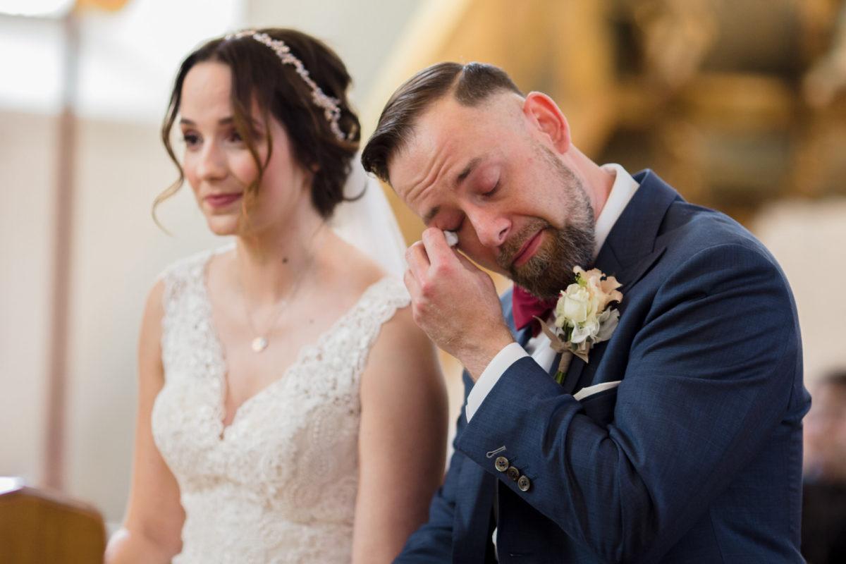 emotional wedding photos