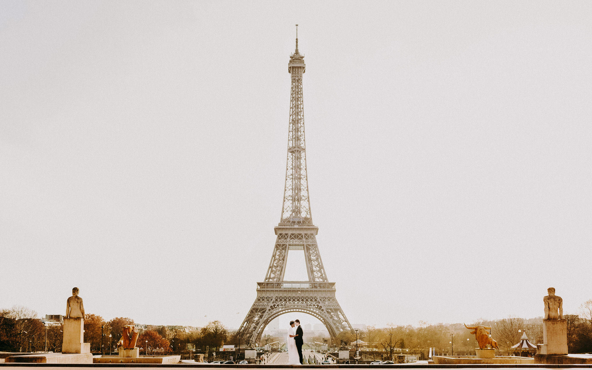 tour eiffel wedding photos